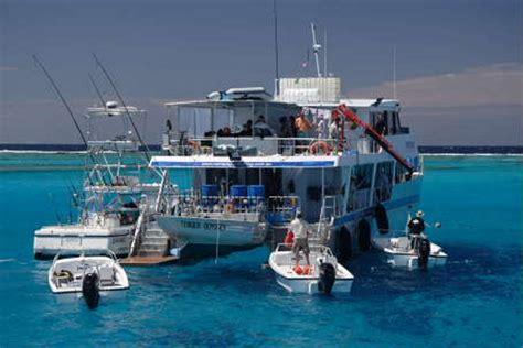 Australian Sport Fishing Boats by Australian Saltwater Fly Fishing Guide Nomad Sportfishing