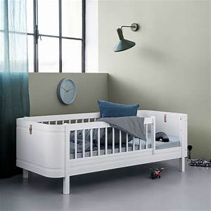 Kinderbett 70x140 Mit Rausfallschutz : oliver furniture babybett mini wood collection wei 68x122 cm engel bengel onlineshop ~ Indierocktalk.com Haus und Dekorationen