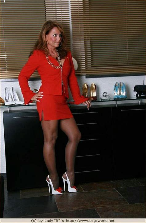 lady barbara legs fuck xxx pics