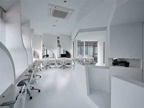 Takato Tamagami Creates Customized Dental Lab In Tokyo