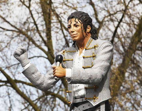 Craven Cottage Michael Jackson Michael Jackson Statues Outside Football Stadiums