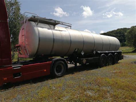 Cisterna poluprikolica za prijevoz bitumena ...