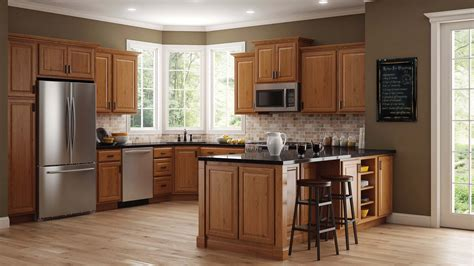 hampton wall kitchen cabinets  medium oak kitchen