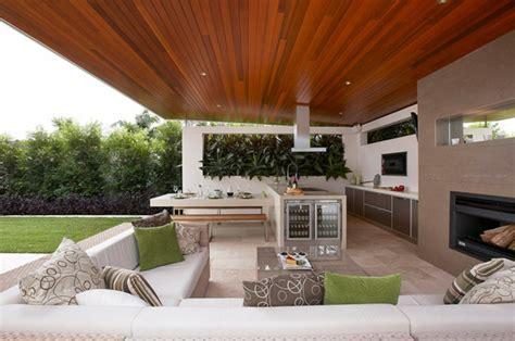 contemporary outdoor kitchens terrassenm 246 bel stellen eine tolle verbindung zur natur dar 2541