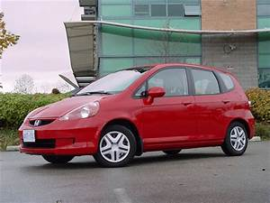Used Vehicle Review  Honda Fit  2007-2008