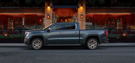 Watch The New Gmc Sierra Multipro Tailgate In Action