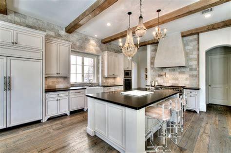 gorgeous kitchens  natural stone backsplash
