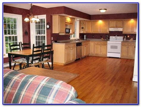 wall paint color for maple cabinets kitchen wall paint colors with maple cabinets home design ideas