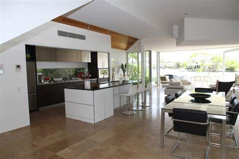 Kāpēc izvēlēties virtuves virsmas no mākslīgā akmens ...