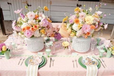 idees pour une table de mariage eclatante de couleurs