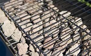 Comment Nettoyer Une Grille De Barbecue Tres Sale : pierre de lave gros calibre pour barbecue campingaz 3 kg ~ Nature-et-papiers.com Idées de Décoration
