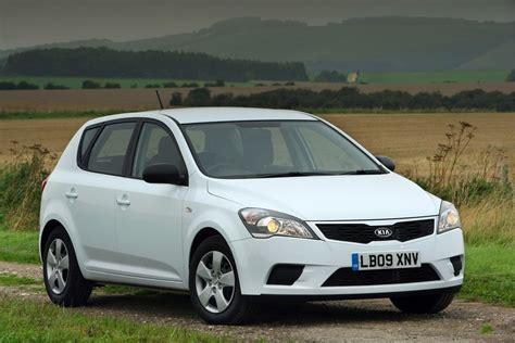 KIA Cee'd 2010 - Car Review