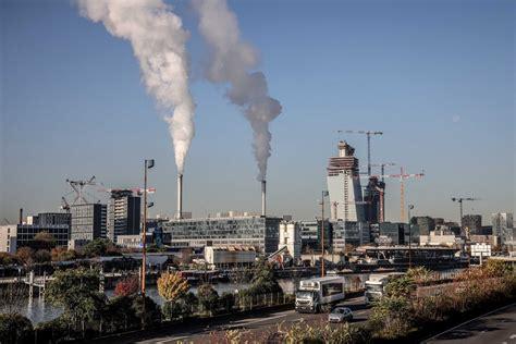 ES siltumnīcefekta gāzu emisijas 2019. gadā kritušās līdz pēdējās trīs desmitgadēs zemākajam ...