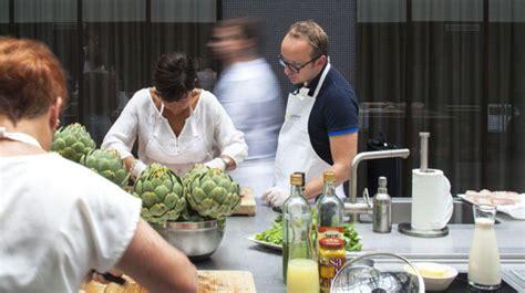 tecomah cuisine écoles de cuisine à la concurrence s organise sur