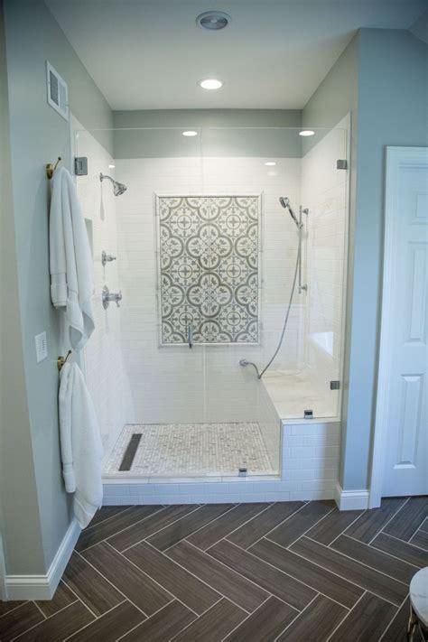 best 25 accent tile bathroom ideas on