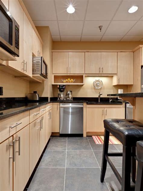 kitchen floor mop maple cabinets houzz 1654