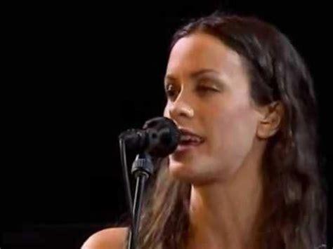 ALANIS MORISSETTE - THANK U (Live Paris - Bercy 1998 ...