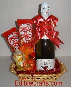 Easy homemade Christmas ts Edible Gift Baskets from