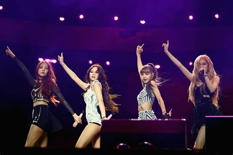 Blackpink Made History as the First K-Pop Girl Group at ...