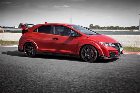 All New Honda Civic Type R Fully Detailed 24 Photos