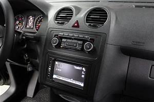 Vw Caddy Autoradio Wechseln : autoradio einbau volkswagen caddy ars24 onlineshop ~ Kayakingforconservation.com Haus und Dekorationen