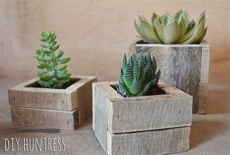 diy pallet wood succulent planters diy huntress