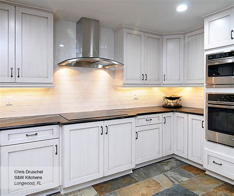 shaker style cabinets images shaker style kitchen cabinets white roselawnlutheran