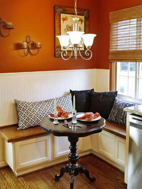 L Shaped Banquette - beautiful and cozy breakfast nooks hative