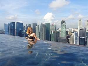 Glamorous Marina Bay Sands Infinity Pool Dangerous