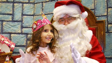santa turns scrooge as queenslanders spend less for