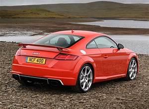 Audi Tt Rs Coupe : audi tt rs coupe review 2016 parkers ~ Nature-et-papiers.com Idées de Décoration