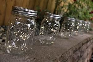 Petite Guirlande Lumineuse : la mini guirlande lumineuse 12 led piles pour cr ches noel ~ Teatrodelosmanantiales.com Idées de Décoration