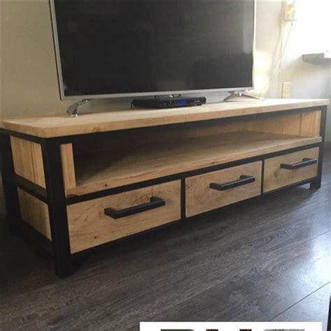 tv meubel hout en ijzer tv meubels van hout en staal