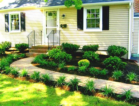 front landscaping ideas lovely best 25 front yard landscaping ideas on garden design front of house pict home interior ideas