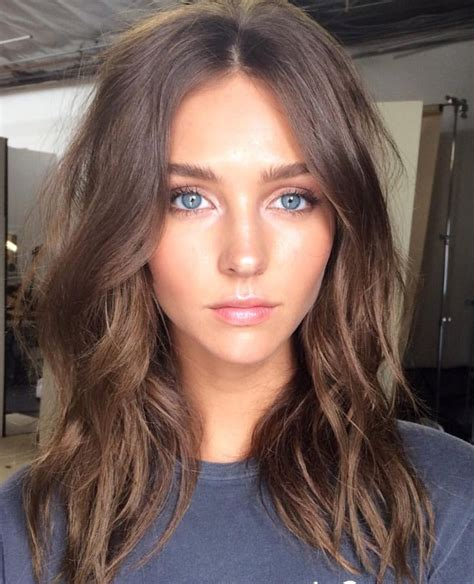 light brown shoulder length hair 27 most vibrant and stunning brown hairstyles for women