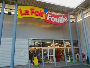 Parasol La Foir Fouille : la foir 39 fouille bazar et d stockage amb rieu en bugey ~ Dailycaller-alerts.com Idées de Décoration