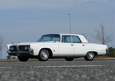 chrysler crown imperial information