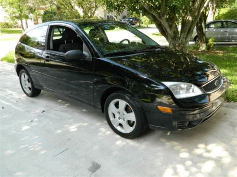 sell   ford focus zx ses  pompano beach