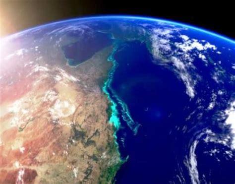 great barrier reef australia  natural  tuchman