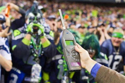 roar   crowd seattle seahawks kansas city chiefs