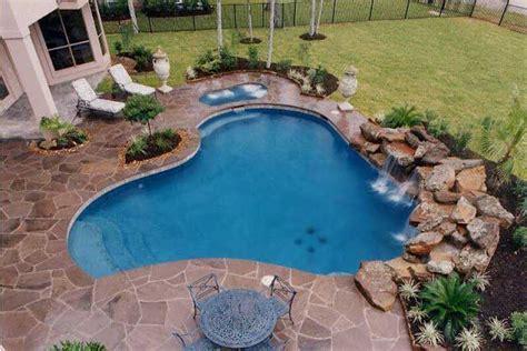 gambar kolam renang minimalis modern  mewah gambar