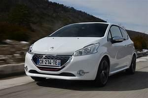 Credit Auto 0 Peugeot : peugeot 208 gti review auto express ~ Gottalentnigeria.com Avis de Voitures