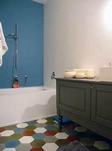 deco salle de bain zen avec toile murale salle de bain With charming couleur chaleureuse pour salon 5 carreaux de ciment