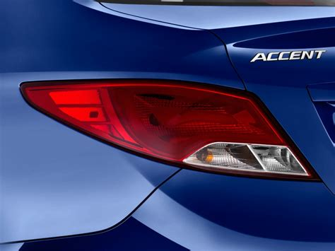 image  hyundai accent se sedan automatic tail light