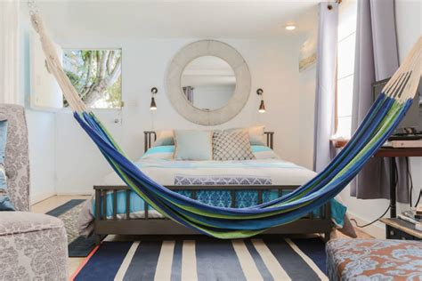 Indoor Hammock Ideas For Yearround Summer Atmosphere