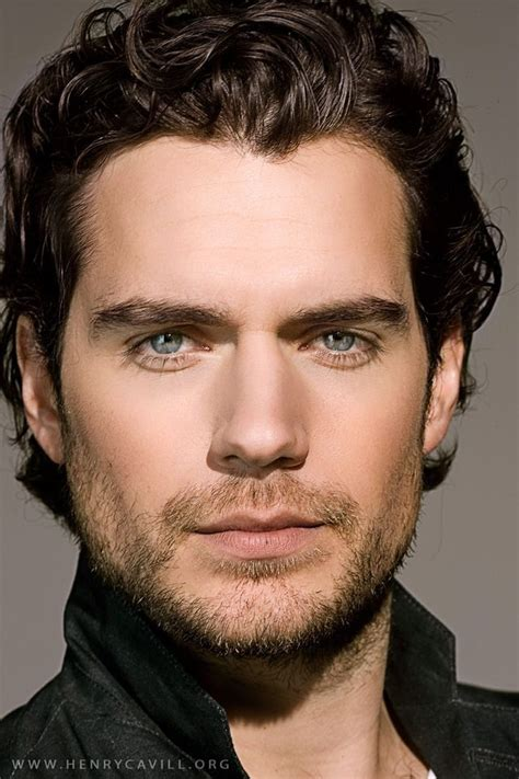 Pin by GLINDA VEGLIACICH on {Heroes} | Henry cavill ...