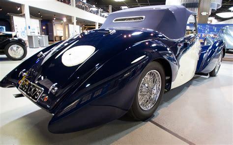 Bugatti Automobiles - PentaxForums.com