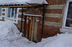 кто должен ремонтировать крышу в многоквартирном доме при протечке