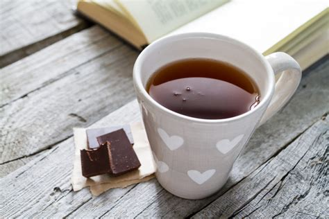 When he drinks his orange juice, it tastes like chocolate. Chocolate Selfish - Asiu Cax