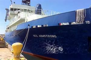 R/V Neil Armstrong arrives at Woods Hole Oceanographic ...